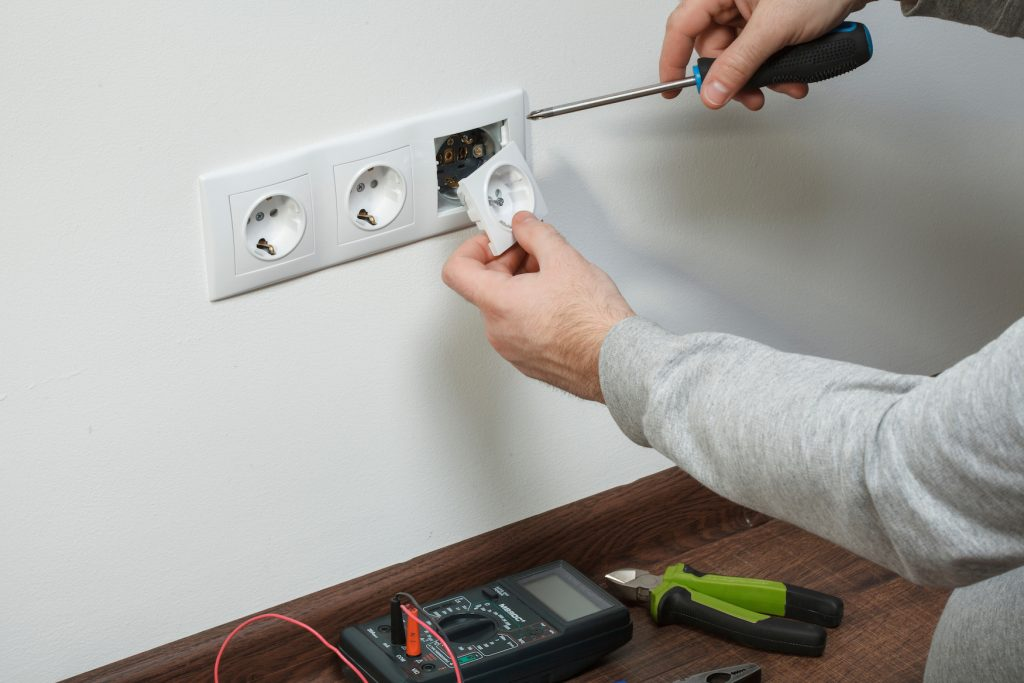 Electrical Services - Building Maintenance Services Ft Lauderdale, Broward, Miami, Dade, Palm Beach